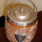 Biscuit Jar: Silver decoration & Lid